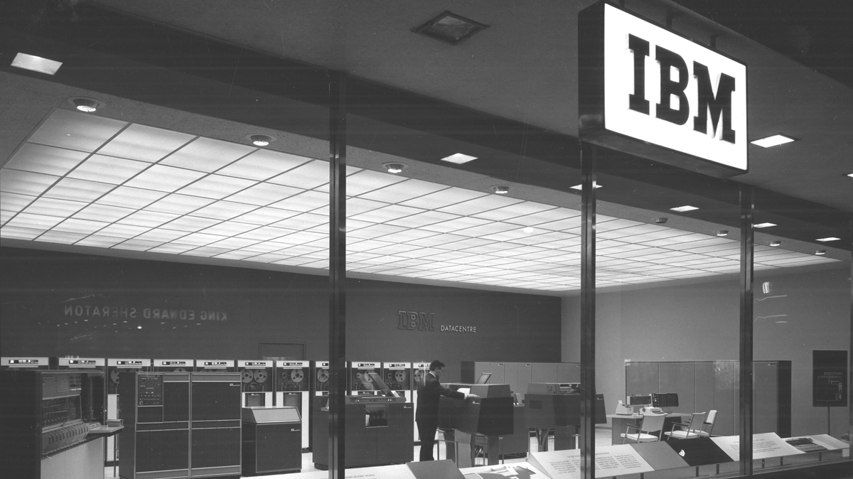 toronto-king-st-datacenter-1963