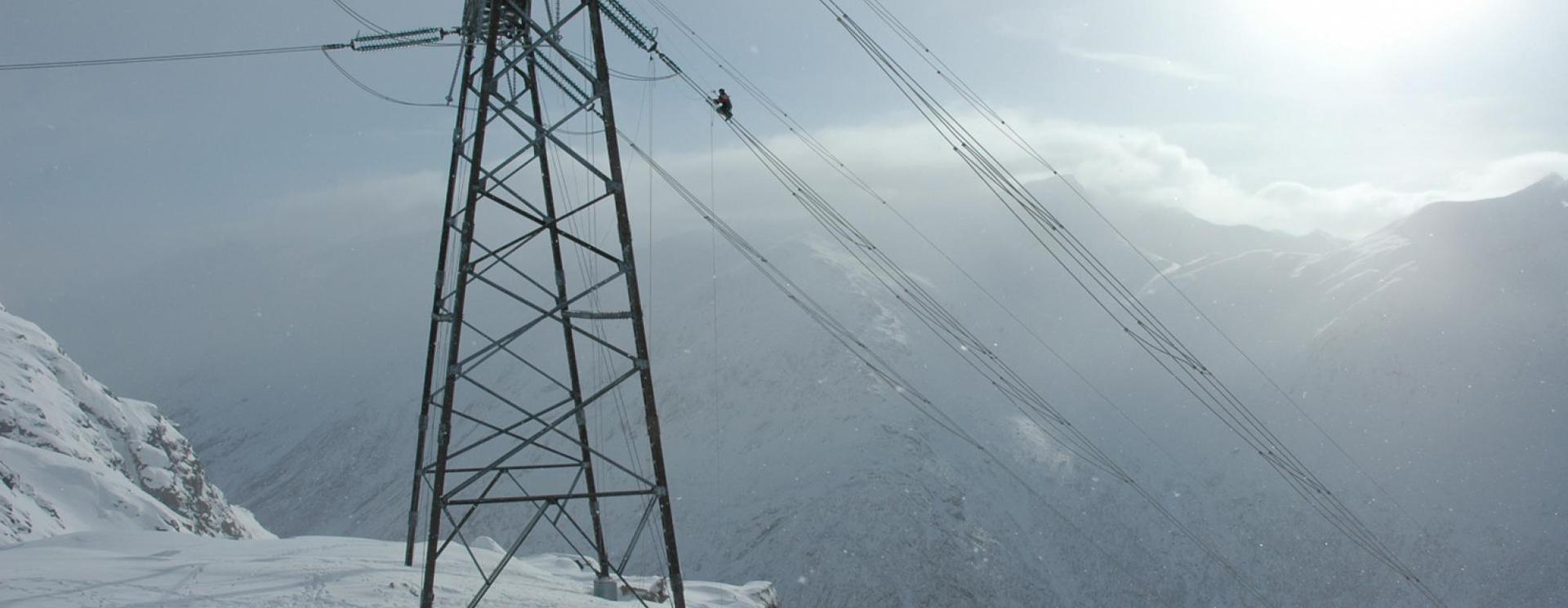 power-lines-1-statnett